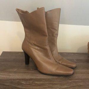 Women's Apt 9 Boots Size 8.5